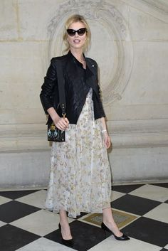 Always impeccable  EvaHerzigova in Santoni spotted in the streets of Milano  during Milan Fashion Week 07930db52b2ce