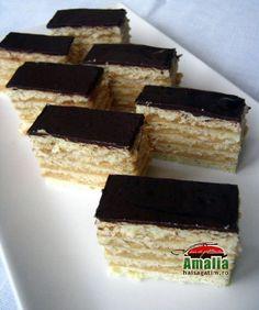 Prajitura dobos caramel Romanian Food, Biscuits, Caramel, Sweets, Healthy, Pies, Bakken, Essen, Crack Crackers