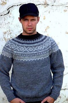 menn i marius er bære såååå sjarmerende:) Icelandic Sweaters, Wool Sweaters, Knitting Designs, Knitting Projects, Crochet Projects, Textiles, Fair Isle Knitting, Sweater Design, Knit Patterns