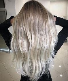 20 Cute and Easy Blonde Balayage Hairstyles – My hair and beauty Beliage Hair, Hair Day, Brown Blonde Hair, Platinum Blonde Hair, Grey Blonde, Blonde Balayage, Bayalage, Looks Style, Hair Highlights