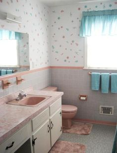retro-atomic-painted-walls-pink-bathroom..HOW TO