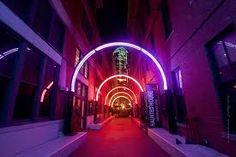 Dallas Alley, West End