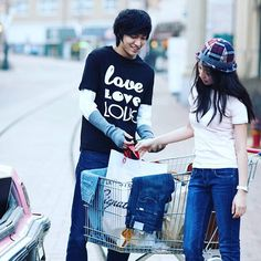 Fetus chaewon with fetus minho. Anyone like this couple? I personally like her character on mackerel run. I prefer sewon couple ㅠ_____ㅠ Kwon Se In and Chae Won were visual on there. They looked good together. (*^﹏^*) But chae won and minho looked good too. Wanna see their reunion on drama \(゜ロ\)ココハドコ? But when? ( ̄▽ ̄)~■□~( ̄▽ ̄) Hahahahahahahaha i want to use many emojis lol wlek • • • • #moonchaewon #leeminho #mackerelrun #koreandrama #handsome #pretty #cute #kpop #chaeki #chaewon #minho #이민호…