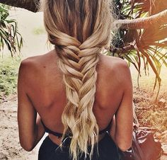 Beach hair inspo from Team this look with one. Pretty Hairstyles, Braided Hairstyles, Summer Hairstyles, Hairstyle Braid, Blonde Hairstyles, Hairstyles Haircuts, Undone Look, Looks Instagram, Instagram Beach
