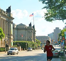 Pitt student recommendations on where to eat in all areas of the city.