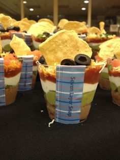 Cute individual seven layer dips for a nacho bar for a kickball/baseball themed… Rehearsal Dinner Food, Reception Food, Mexican Food Recipes, Dessert Recipes, Nacho Recipes, Seven Layer Dip, Nacho Bar, Best Party Food, Appetizers For Party