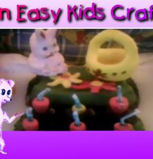 Make this cool easter scene for toddlers - separate instructions for making the carrots, flowers, Easter basket and Easter bunny. Then add them to an empty egg carton and - voila - you ahve a centre piece for your Easter table made by the most important person in the house! Happy Easter. From FunEasyKidsCrafts.com