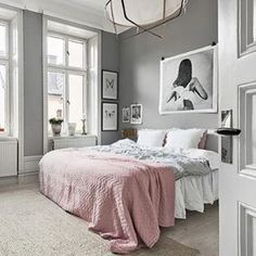 What a fabulous bedroom with such simple but beautiful styling. Also featuring our Love Warrior print 'Sky Circles'. Shop it online now.  Image from  @kronfoto  #lovewarriors #print #art #bedroom #hb_collective #scandinavianhomewares