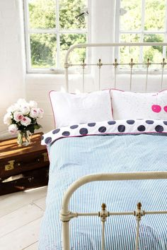 Spot duvet in reverse -Available from www.thefoxesden.co.nz