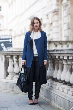 Sabrina #streetstyle #fashion