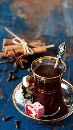The Red Tea Detox is a new rapid weight loss system that can help you lose several pounds of pure body fat in just 14 days! It involves drinking a special African blend of red tea to help you lose weight fast! Coffee Time, Tea Time, Coffee Coffee, Coffee Beans, Chocolate, Turkish Tea, Turkish Cafe, Arabic Sweets, Detox Tea