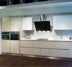Esta cocina es una de las que encontrarás en el Showroom de Getafe, para que toques e imagines   #mueblesdecocina #diseñodecocinas #cocinasmadrid