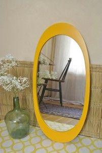 Miroir jaune pop