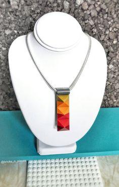 Coucher de soleil LEGO® clouté coin collier