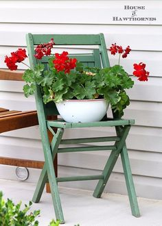 Best Country Decor Ideas for Your Porch - Vintage Chair Decor - Rustic Farmhouse Decor Tutorials and Easy Vintage Shabby Chic Home Decor for Kitchen, Living Room and Bathroom - Creative Country Crafts, Furniture, Patio Decor and Rustic Wall Art and Accessories to Make and Sell http://diyjoy.com/country-decor-ideas-porchs #shabbychicaccessories