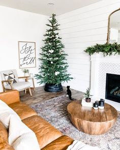 100 Indoor Minimalist Christmas Decorations » Lady Decluttered Noble Fir Christmas Tree, Noble Fir Tree, Christmas Home, Christmas Living Rooms, Christmas Bedroom, Merry Christmas, Christmas Gifts, Minimal Christmas, Minimalist Christmas Tree