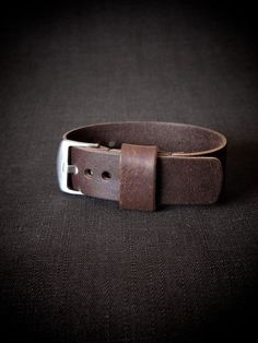 """""""Faust"""" Oxblood Handmade Leather NATO Watch Strap"""