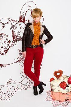 kurtka pilotka, czerwone spodnie, retro look,