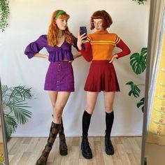 15 Last Minute Halloween Costumes Halloween Mode, Cute Group Halloween Costumes, Trendy Halloween, Cute Costumes, Halloween Fashion, Halloween Outfits, Ghost Costumes, Scooby Doo Costumes, Daphne Scooby Doo Costume