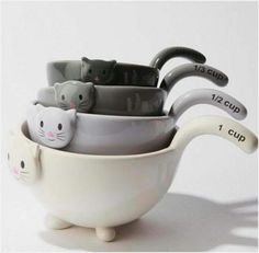 Cat measuring cups!