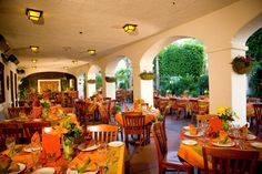 Places to eat in #Anaheim: The Tangerine Grill & Patio is an upbeat, sophisticated restaurant featuring indoor, patio seating and poolside service, a stylish complement to the breezy, Spanish mission-style décor. Savor the freshest free range steak, chicken or seafood to enjoy an elegant dining experience with a casual California flair.