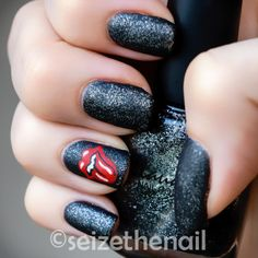 Rolling Stones nails...yessss