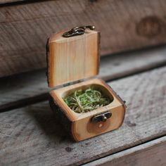 *Made to order*A gift box handmade from tree branches with antiqued brass hinge and latch.All wood is from sustainable sources, mostly residential properties and branches fallen in storms....