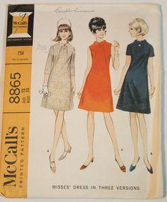 A92 Vintage Pattern * 60's Slim Mod A-Line Dress with Button Front Panel Detail