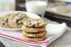 The Best Oatmeal Chocolate Chip Cookies are made with plenty of rolled oats, semi sweet chocolate, a hint of cinnamon and lots of love! Coconut Hot Chocolate, Homemade Chocolate, Chocolate Recipes, Baking Recipes, Cookie Recipes, Dessert Recipes, Desserts, Oatmeal Chocolate Chip Cookies, Best Oatmeal