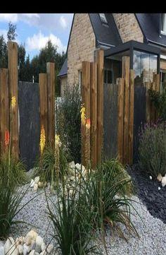 Back Gardens, Outdoor Gardens, Brick Patterns Patio, Garden Privacy, Garden Fences, Fence Design, Winter Garden, Garden Inspiration, Backyard Landscaping