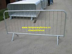 hot galvanized Crowd Control Barriers.  www.wiremeshfence.cc