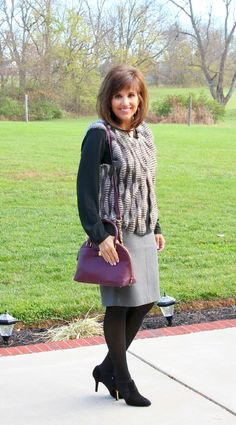 25 Days of Winter Fashion (Day 1)-Styling a Faux Fur Vest