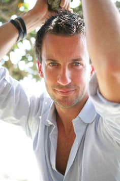 "Craig Parker. This is Haldir. <3  Sorry, he""s just so handsome!"