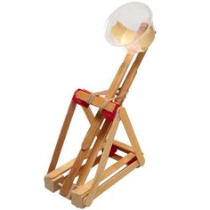 Be a Mechanical Engineering: Create your own catapult!