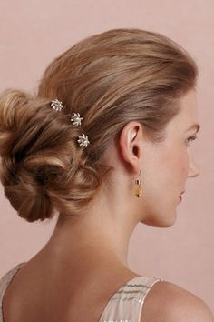 Frost Aster Hairpins: three tiny buds with Swarovski centers that are just so cute and dainty