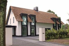 Villa designed by Concepts & Images in The Netherlands Villa Design, Roof Design, Exterior Design, Vernacular Architecture, Architecture Design, Dream Home Design, Home Interior Design, Different House Styles, Home Exterior Makeover
