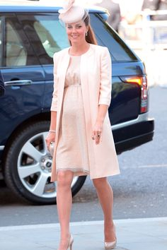 Duchess Of Cambridge Goes Into Labour - OMG, 22 July is my birthday, too!! ~ the fashion and more http://pinterest.com/fashionandmore/