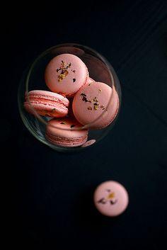 les macarons rose