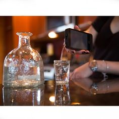 Whether at a party or listening to Grandpa& war stories, iFlask offers a fun, uncommon way to swill booze Cute Gifts, Great Gifts, How To Cook Liver, Cooking For A Group, Surprise Gifts, Mason Jar Lamp, New Tricks, Groomsman Gifts, Happy Friday