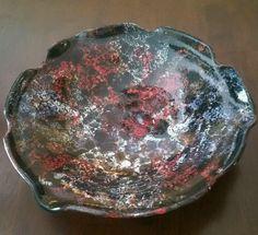 Bubble glaze on black base