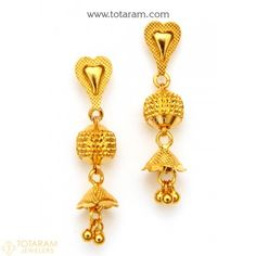 Gold Jewelry For Wedding Product Indian Gold Jewellery Design, Gold Temple Jewellery, Gold Rings Jewelry, Jewelry Clasps, Jewellery Earrings, Jewelry Design, Gold Jhumka Earrings, Gold Chandelier Earrings, Gold Earrings Designs