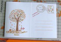 Le verso de la carte enveloppe.  La partie de droite est pour l'adresse.  La partie de gauche s'ouvre pour écrire le message.