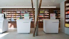 Tous droits réservés © Agence MAYELLE Pharmacy, Architecture Design, Store, Decoration, World, Facades, Decor, Architecture Layout, Apothecary