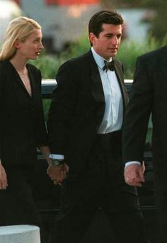 May 28, 1998 – Profiles in Courage Award Ceremony | Remembering Carolyn