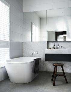 Mueble-espejo para lavabo. Combinaciones de colores