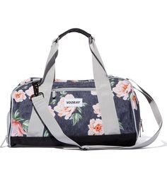 In love with this floral gym bag that is lightweight yet durable for all of  the b4b68b95d2aae