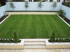 Large formal raised lawn