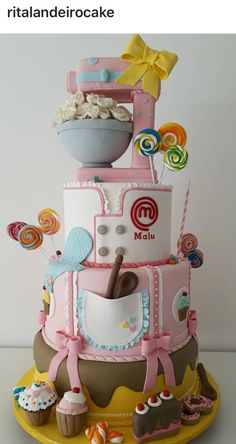 Patisserie Confectioner – Pastry World Pretty Cakes, Cute Cakes, Beautiful Cakes, Amazing Cakes, Baking Birthday Parties, Baking Party, Crazy Cakes, Fondant Cakes, Cupcake Cakes