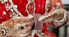 Latest Mehndi Designs 2015 For Eid, wedding or party. Apply these mehndi designs on your hands, feet, back and shoulders and get beautiful look. Pakistani Mehndi Designs, Eid Mehndi Designs, Mehndi Design 2015, Latest Bridal Mehndi Designs, Stylish Mehndi Designs, Mehndi Design Pictures, Mehndi Designs For Girls, Beautiful Mehndi Design, Mehndi Patterns