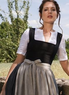 Nice article discussing modern dirndl makers and how they embrace or waver from traditional Bavarian dress. Photo: The ox Sixties Style, Folk Fashion, Womens Fashion, German Costume, Dirndl Dress, Business Outfits, Modest Dresses, Traditional Dresses, Textiles